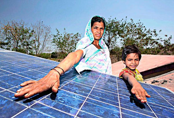 solar-india-001